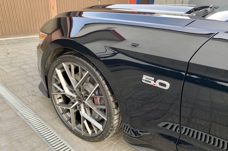 2019 BORBET BY 21 Ford Mustang